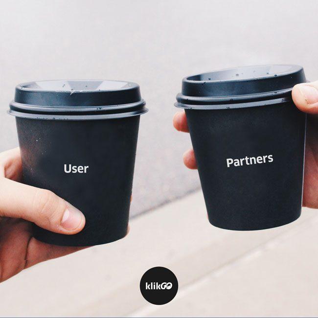 Ilustrasi KlikGo menyatukan user dan partner